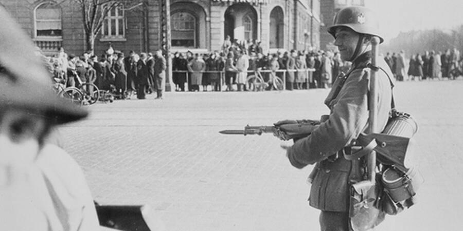 Blandt fjender - om tysk besættelse af Østerbro og modstandskamp - spændende fortællinger