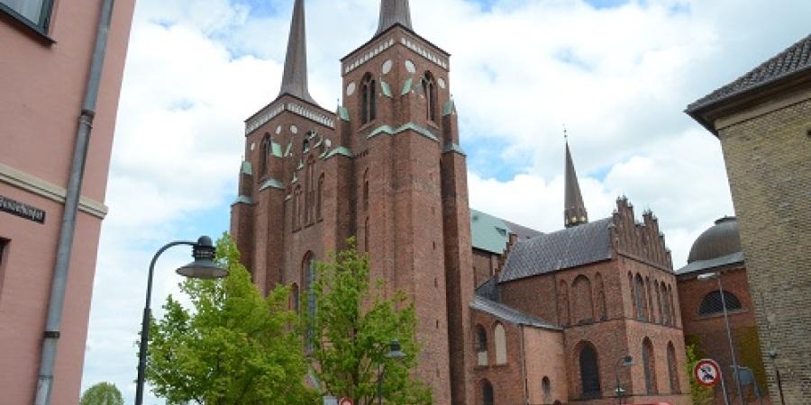 Roskilde byvandring og Roskilde Domkirke - oplev en af Danmarks prægtigste byer. - Danmarkshistorie - OK