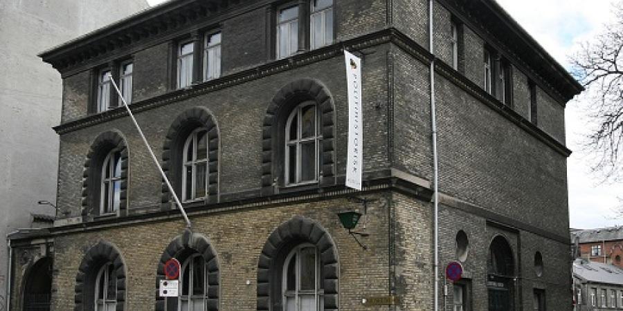 Politimuseum - kriminalsager og andre politisager - en pensioneret betjent fortæller og viser rundt.